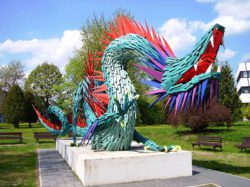 A Chinese dragon statue in Kazincbarcikai; photo: István Jávori (wikipedia, CC)