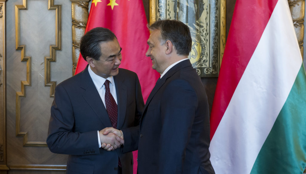 Viktor Orban and Wang Yi, 2015; Photo: Károly Árvai / Prime Minister's Office
