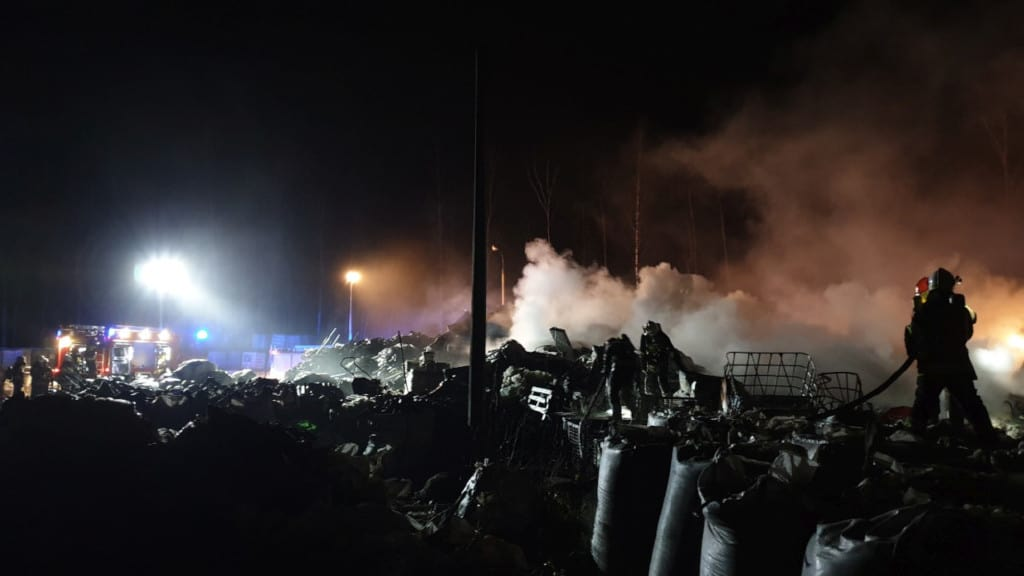 Fire at a legal landfill in November 2019 | photo: katowice.kwpsp.gov.pl