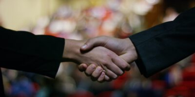 Two,Businessmen,Or,Politicians,,Elegant,Clothes,,Shake,Hands,After,Finding